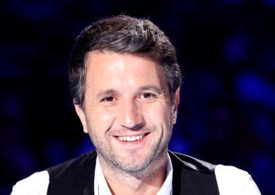 Andi Moisescu a fost redactor muzical la un post de televiziune din Costinesti